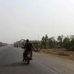 Togo_moto2_low